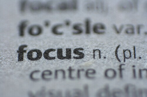 Focus on wallpaper