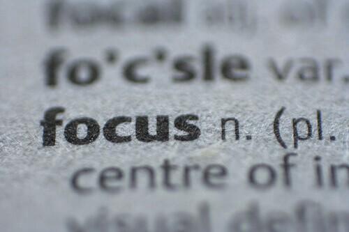 Focus on wallpaper